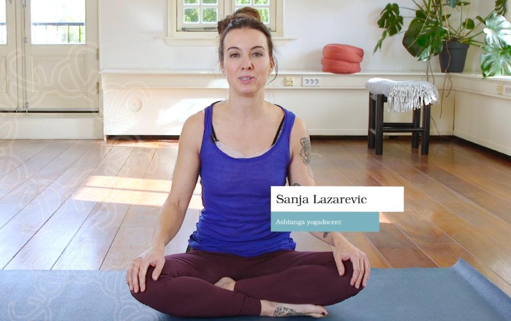 Thuis yoga doen, een goed idee!