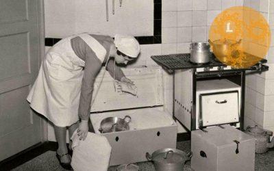 Ouderwets koken en garen in de hooikist.
