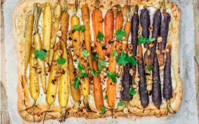 Recept: Plaattaart met regenboogwortels